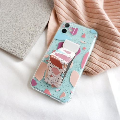 The Mari Phone Bracket