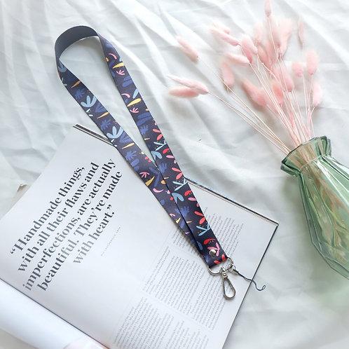 The Alinna Neck strap