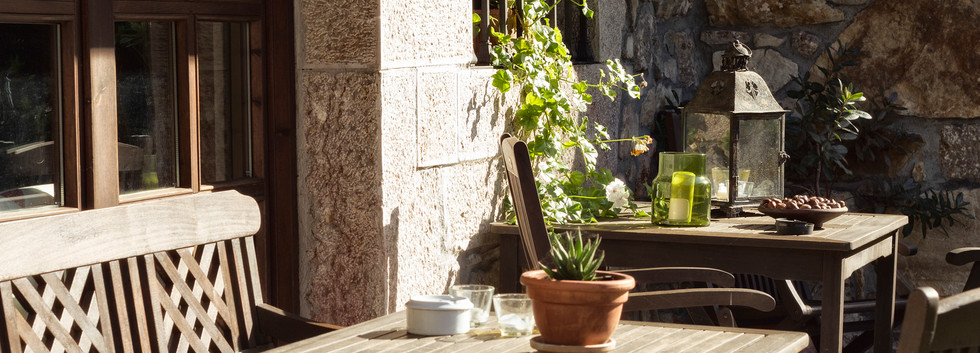 Una terraza agradable donde tomar unos rayos de sol...