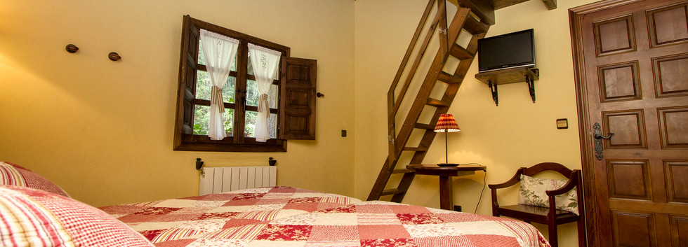 Habitación triple de tres camas individuales.