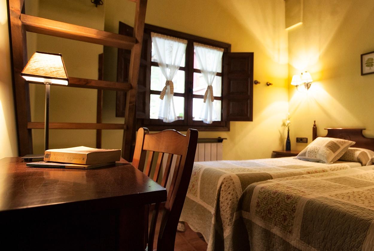 Habitación triple, de tres camas individuales.