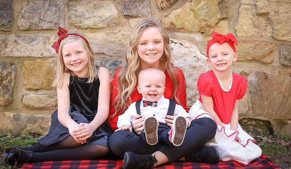 Maci and her brother and sisters!