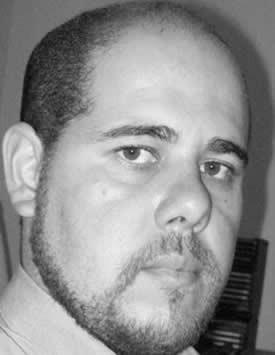 Robert Mi`Khail
