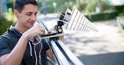 Prototyp-der-Drohne-die-Lamdminen-aufspuert_facebook_image