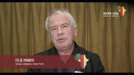 Felix Maurer erzählt von den Schwierigkeiten im Bildungsbereich