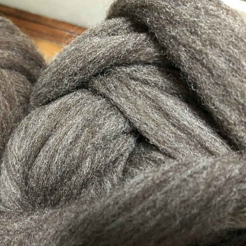 Gray (brown undertone) Rambouillet/Columbia blend combed top (sold by the ounce)