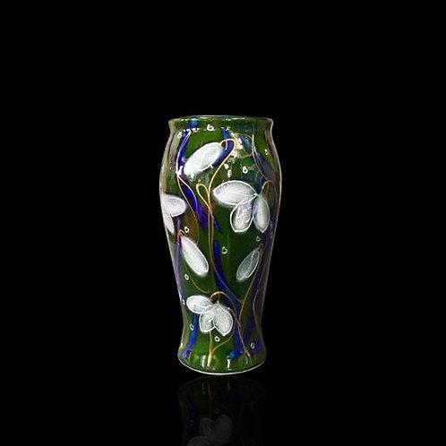 Snowdrop Bella Vase 17cm allow 21 days