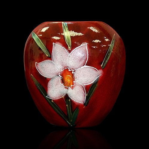 Painted to order please allow 7 to 21 days White Daffodil 12cm Purse Vase