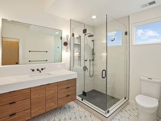 Barcroft Master Bath