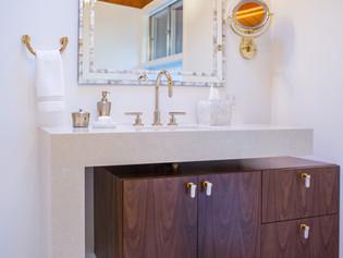 Pine Ridge Bathroom