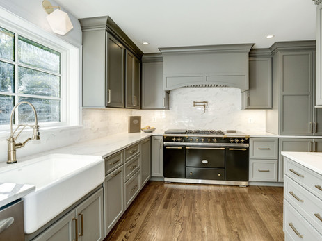 Country Club Hills Kitchen & Bathrooms