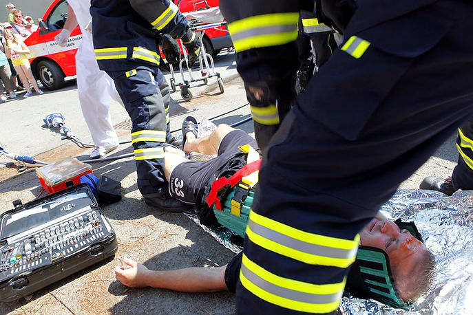 medical courses accident paramedics training casualty medical