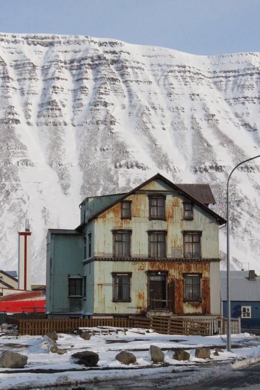 Isafjordur house