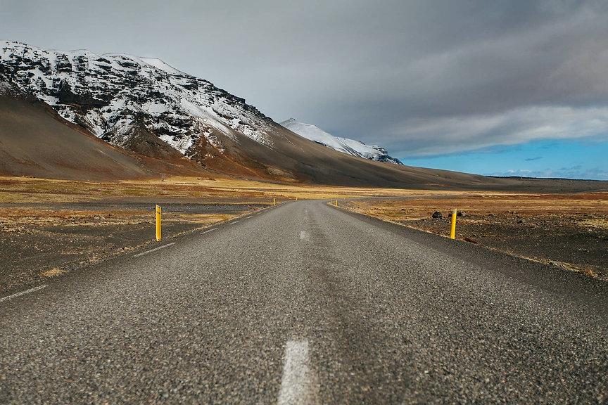 road-1031108_1920 (1).jpg