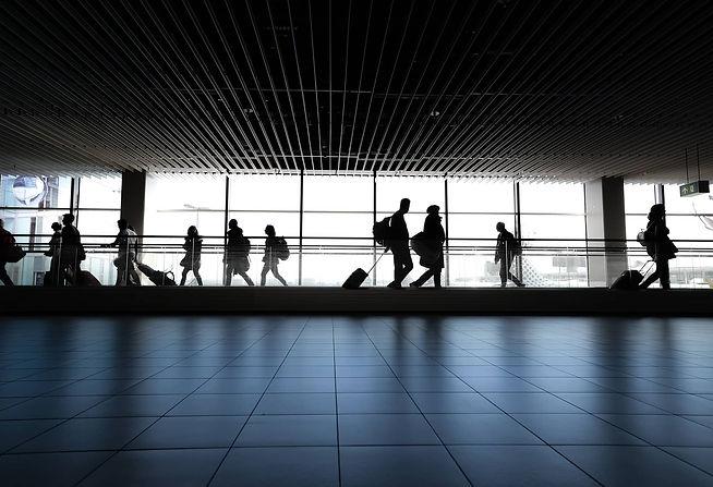 airport-4120835_1920 (1).jpg