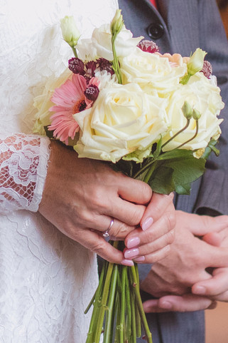 Flowers, wedding flowers, roses, white roses, engagement ring, ring, lace, lace dress, wedding, Photography, Danielle Katie Photography