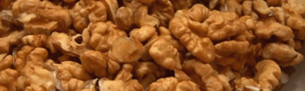 Our peeled organic walnut kernels