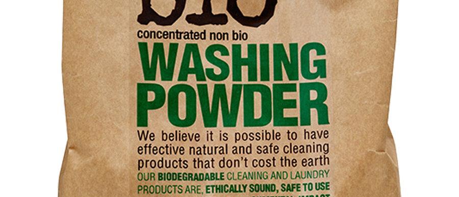 Bio-D Renkli ve Beyaz çamaşırlar için toz deterjan 2kg