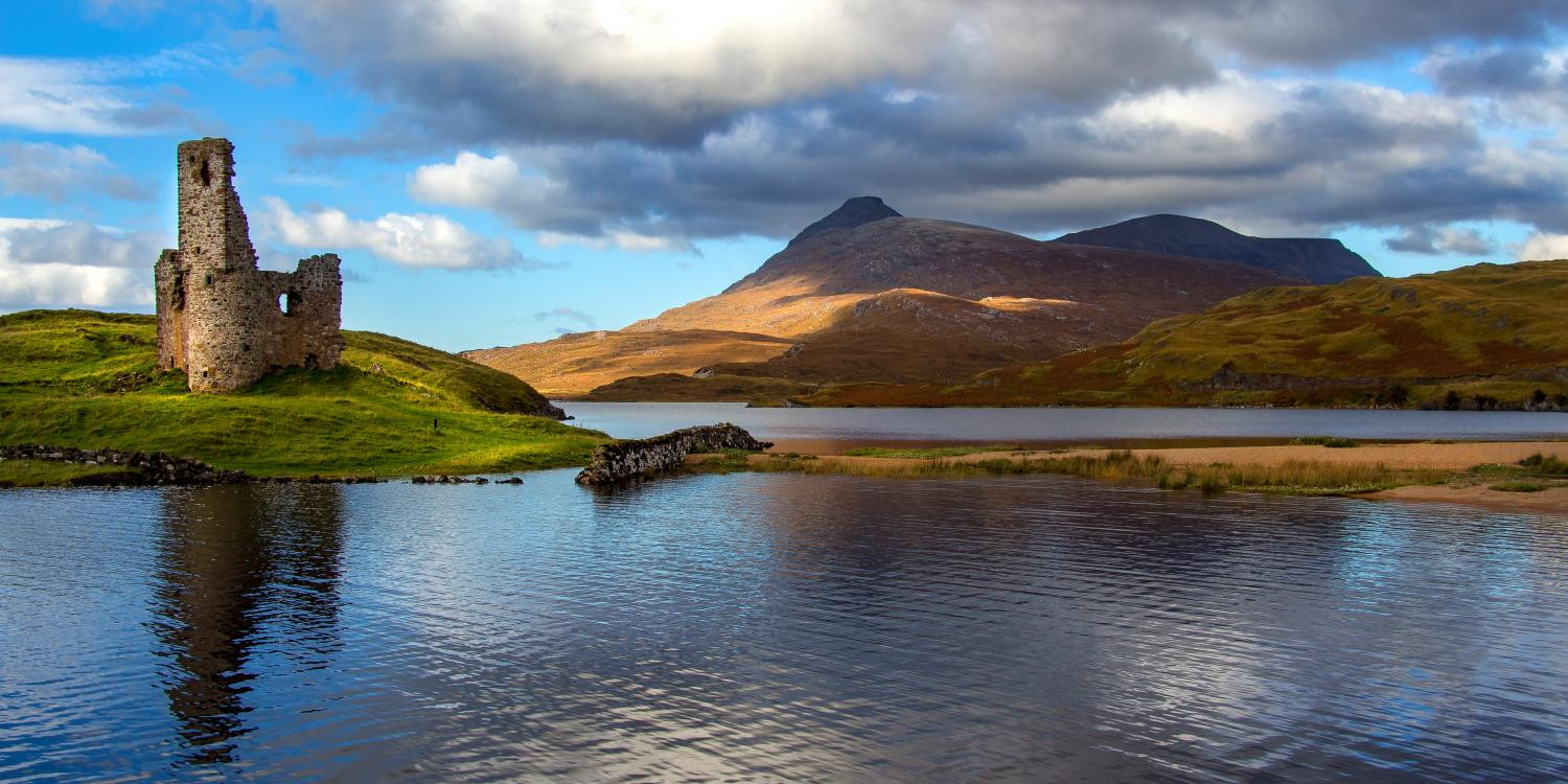 Ardvreck Castle by Lochinver Landscapes