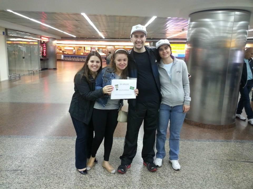 Recepção dos peregrinos no aeroporto