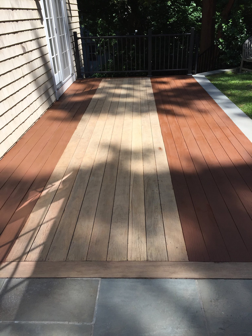 STAINING AN OUTDOOR DECK