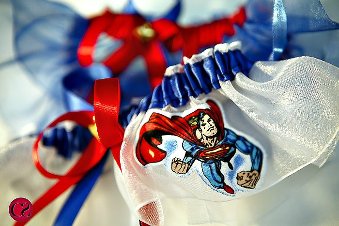 superman_garter-belt-wedding