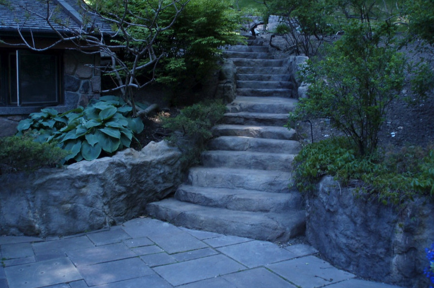 naturally retaining walls and steps