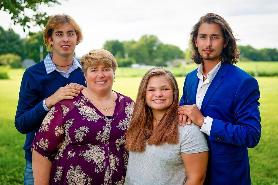 Taylor-Family-2020-12 copy.jpg