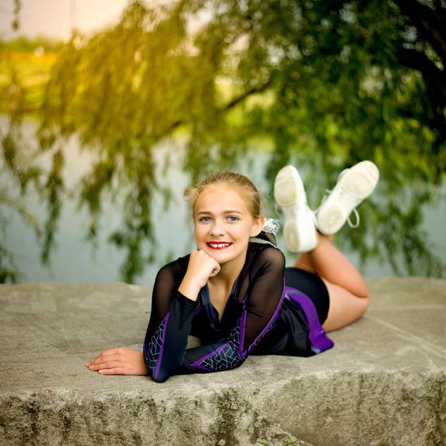 cheer teen photos. Lisa Cox Photography. Cheer portrait.
