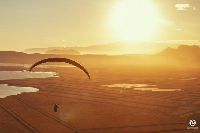 SunStalkers  Paragliding in Vik - Summertime