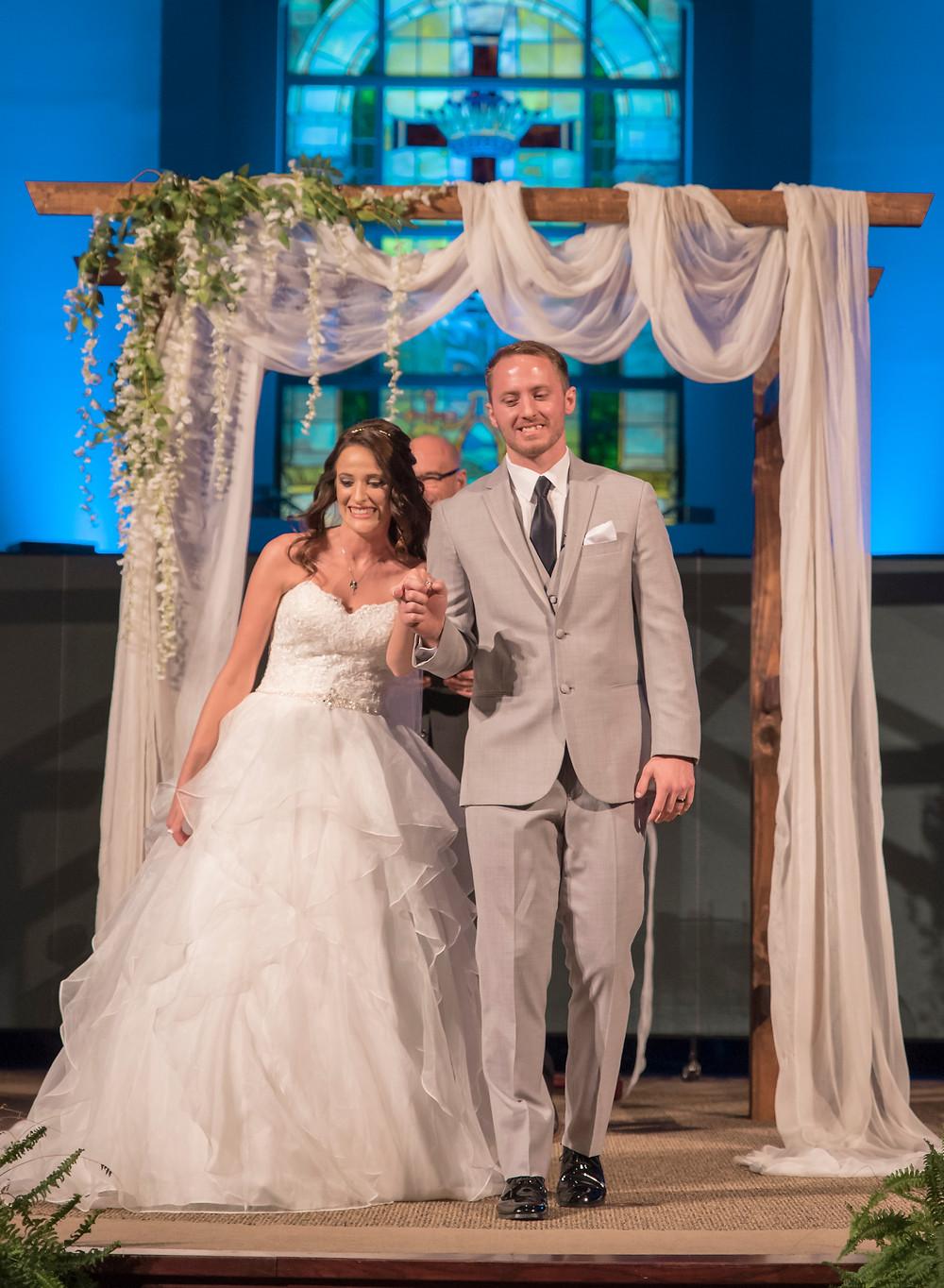 Lebanon Ohio Wedding   Urbancrest Baptist Church