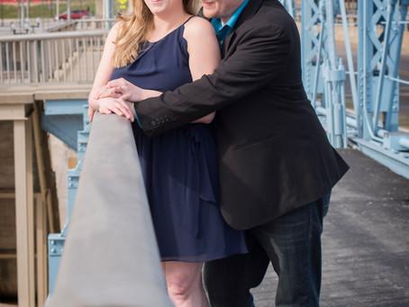 Sawyer Point Park Engagement | Cincinnati | Melissa and Derek