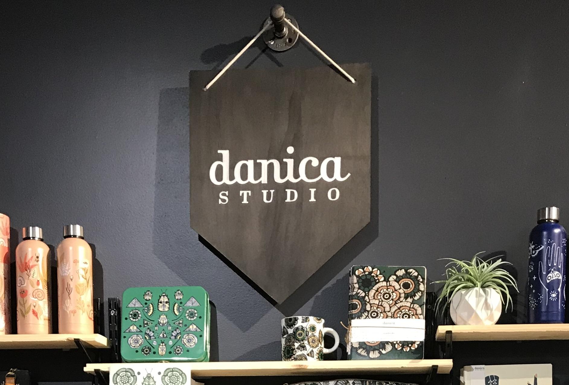 Danica 3