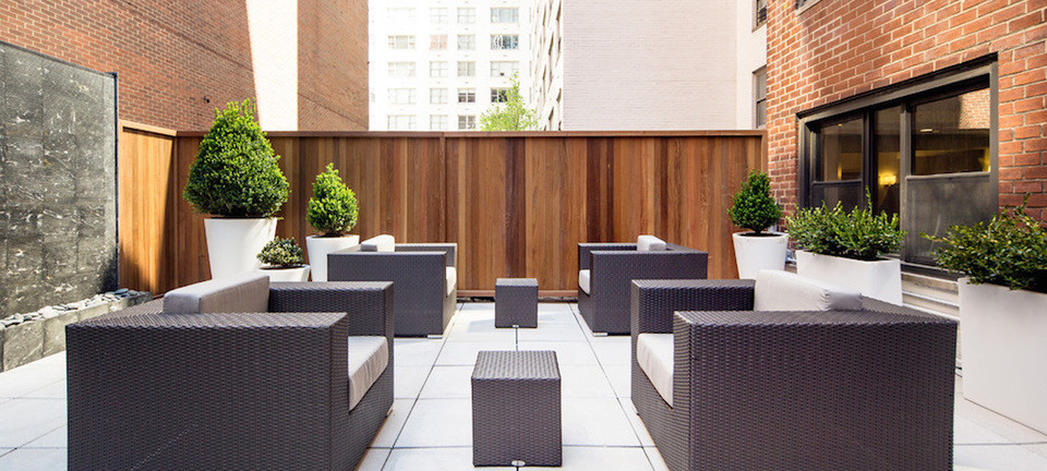 Outdoor Roof Deck with Active Water Wall