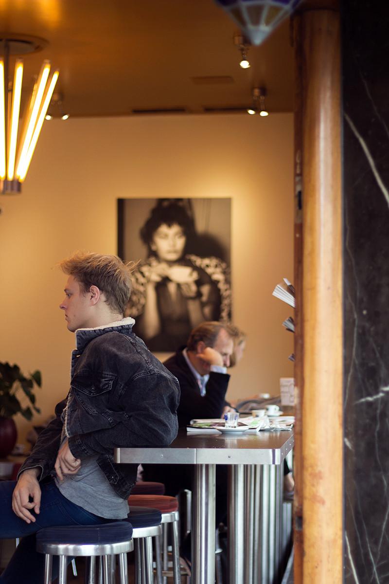 Amsterdam Cafe Bar | Meghan Stark