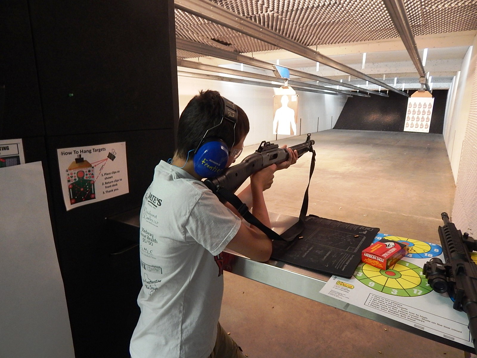 Fun At Frontier Firearms 07.jpg