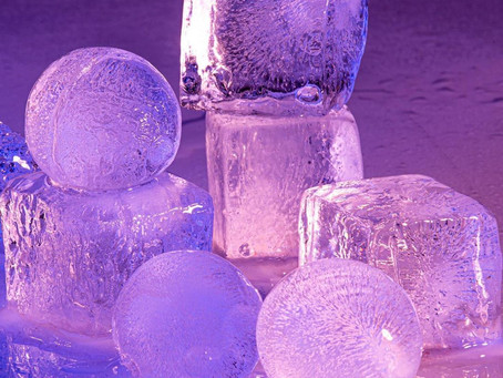 Chill out: Sumpri Sphere Ice Mold & Big Ice Cube Trays