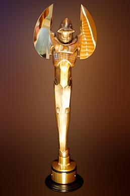 (3) luke kearney world stunt award troph