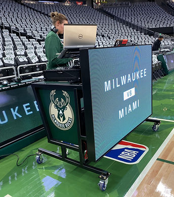 milwaukee bucks dj booth dj shawna booth