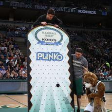 milwaukee bucks giant plinko game