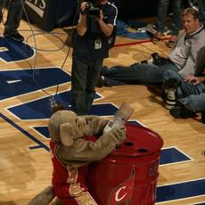 NBA Cleavland Cavaliers Ball Blaster
