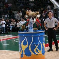 NBA Milwaukee Bucks Bango Ball Blaster
