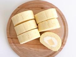 Vanilla & Pudding Roll Cake