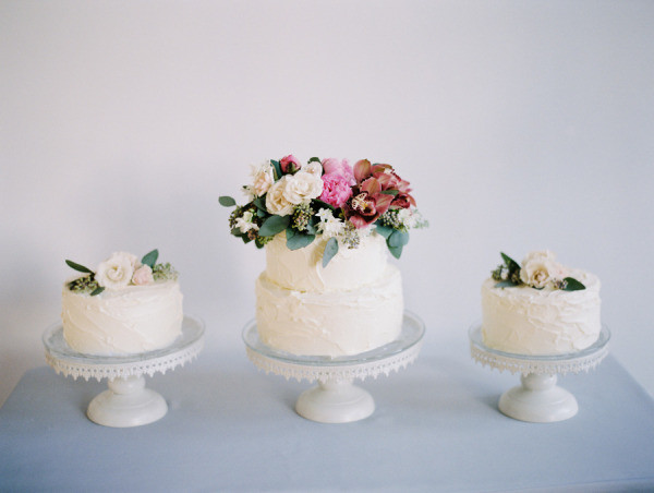 Tall wedding cakes with pop of colour