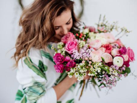 How To Make a DIY Wedding Bouquet