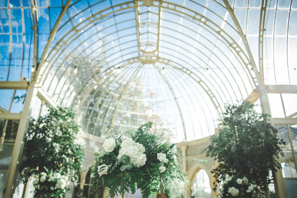 Wedding flowers in Orangery Tortworth Court