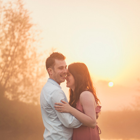 Shaun & Jade - An Engagement Shoot at Dawn, Lechlade-upon-Thames