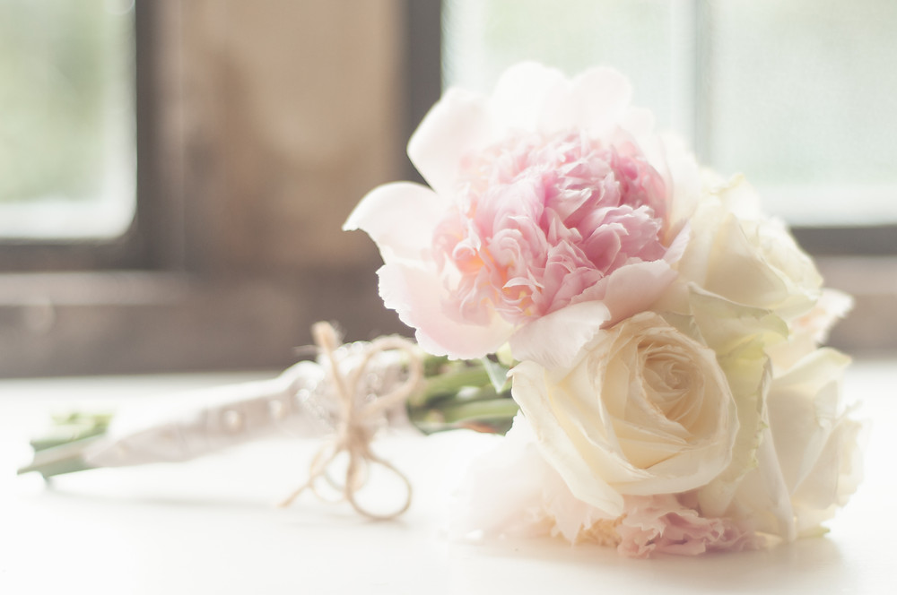 simple and beautiful wedding bouquet
