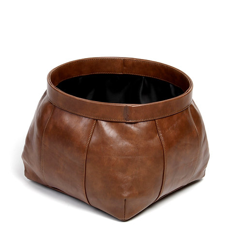 Capacious leather basket