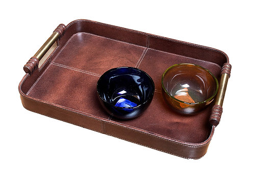 Sombre leather tray